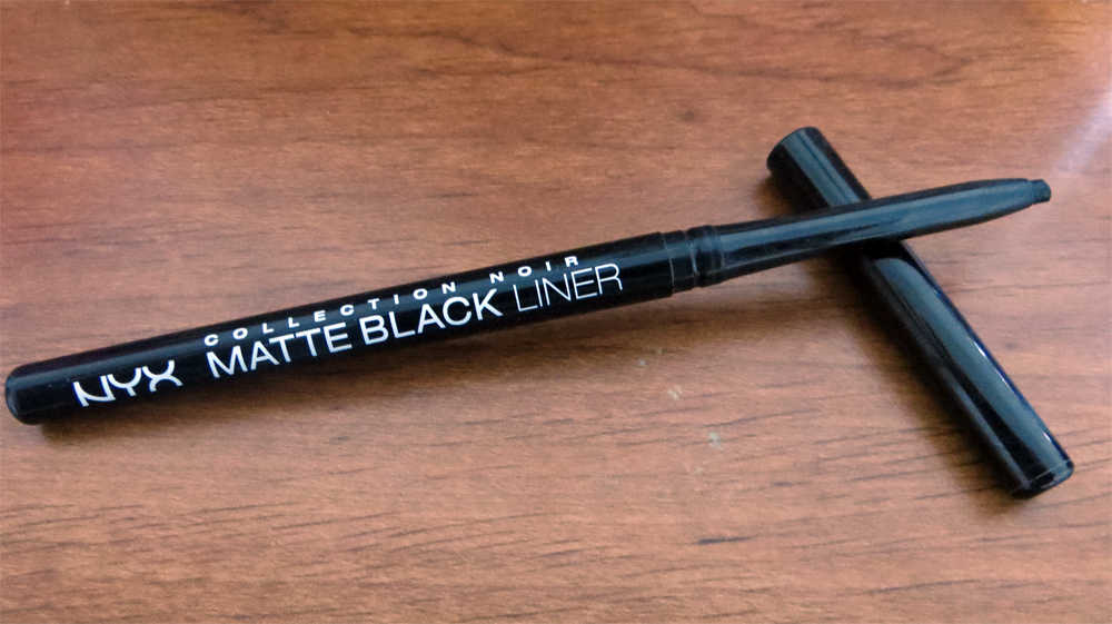 Review: NYX Collection Noir Matte Black Liner | Slashed Beauty
