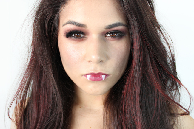 Halloween Makeup Tutorial: Easy Vampire Look