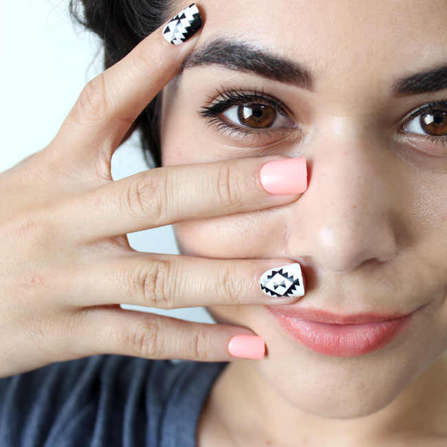 REVIEW: imPRESS Press On Manicures - Night Fever | Slashed Beauty
