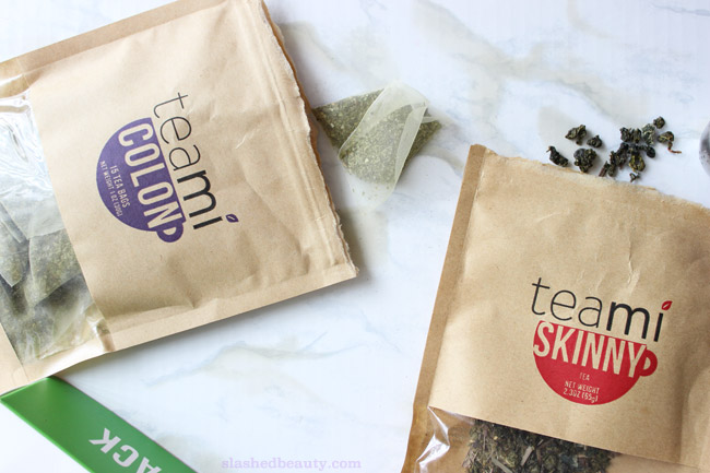 If you've ever been curious about doing a tea detox, check out my review of the Teami 30 Day Detox pack which helps boost energy while regulating your digestive system for less bloating! | Slashed Beauty