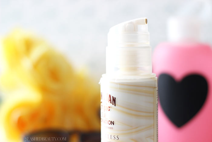 Fun plans this summer? Be sure to grab the perfect sunscreen to protect your skin during summer activities. | Slashed Beauty