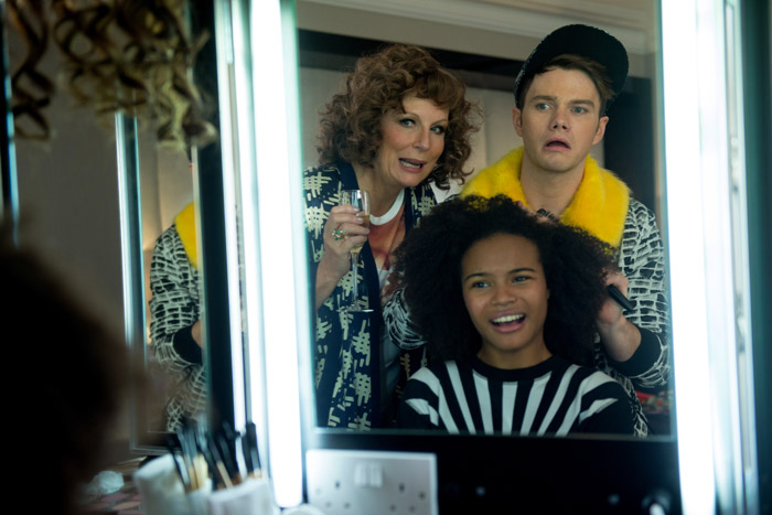 Absolutely Fabulous: The Movie is in theaters July 22nd... are you going to go see it, sweetie darling? Here's what's in store. | Slashed Beauty