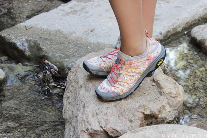 Looking for closed-toe water shoes? See this comparison between the Chaco Outcross Free shoes and Outcross 1.5 shoes to see which ones are the right investment for you. | Slashed Beauty