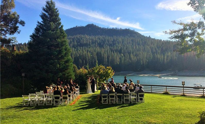 Venue: CHECK! Follow along as I plan my fall wedding in the mountains! See how far I am after one month of serious wedding planning. | Slashed Beauty