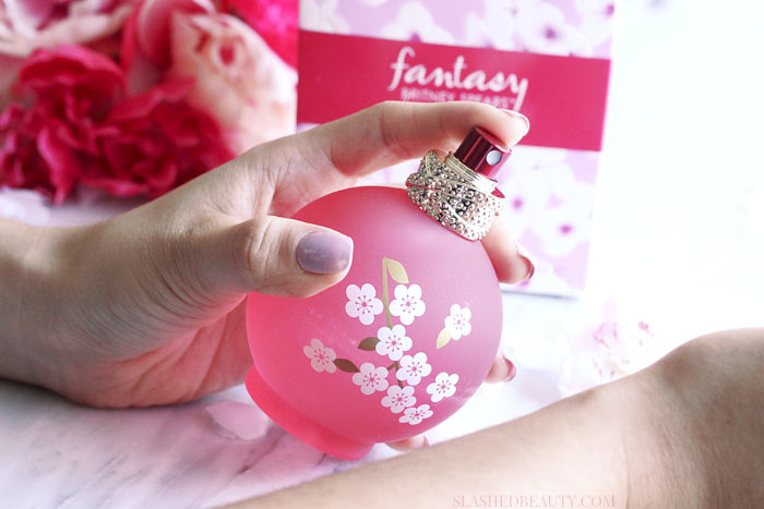 Check out Britney Spears' newest fragrance: fantasy IN BLOOM. See why it's the perfect everyday Spring scent! | Slashed Beauty