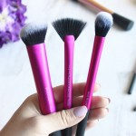 Find out why Real Techniques are the best brushes for beginners or busy beauty lovers, plus see how to create a fresh face look using 4 of their tools!