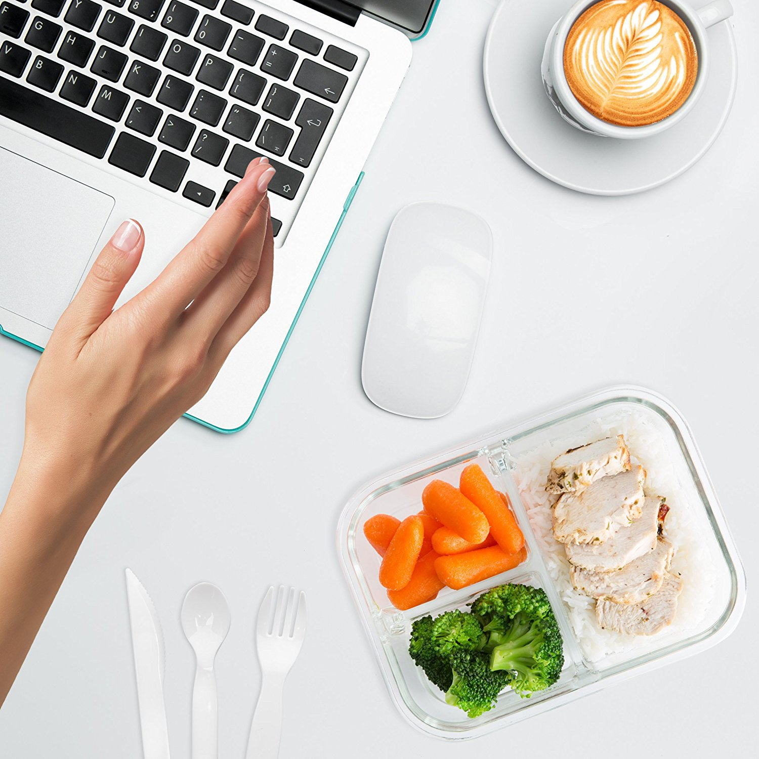 Discover the power of healthy meal planning to stick to your health goals and budget. Here are my favorite tips, plus a free meal planning menu printable! | Slashed Beauty
