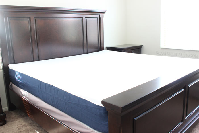 Helix Mattress Review: Helix makes customized mattresses perfect for couples, since you can personalize the feel! See how the process works from the ordering process, unboxing and our 2 month review. | Slashed Beauty