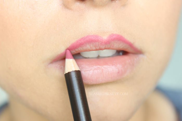 Learn the right way to overdraw your lips! Check out the step-by-step on how to make your lips look bigger with makeup... no injections required! | Slashed Beauty