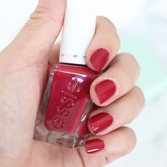 BUBBLES ONLY - Does the Essie Gel Couture polish live up to its long-lasting claims? Read the full review and see swatches of three gorgeous shades. | Slashed Beauty