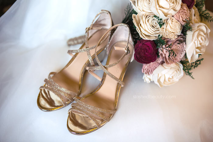 Badgley Mischka Wedding Wedges: See more wedding photos from this red fall wedding at Bass Lake (The Pines Resort). | Slashed Beauty