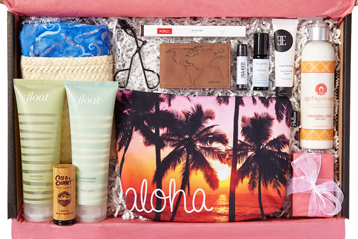The Wanderlust Beauty & Travel Lifestyle Subscription: Discover new lifestyle and beauty subscription boxes to try this year to make your mailbox more exciting! | Slashed Beauty