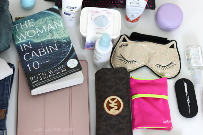 What's In My Bag? Take a peek inside my carry on for my 17 hour flight to my honeymoon!   Slashed Beauty
