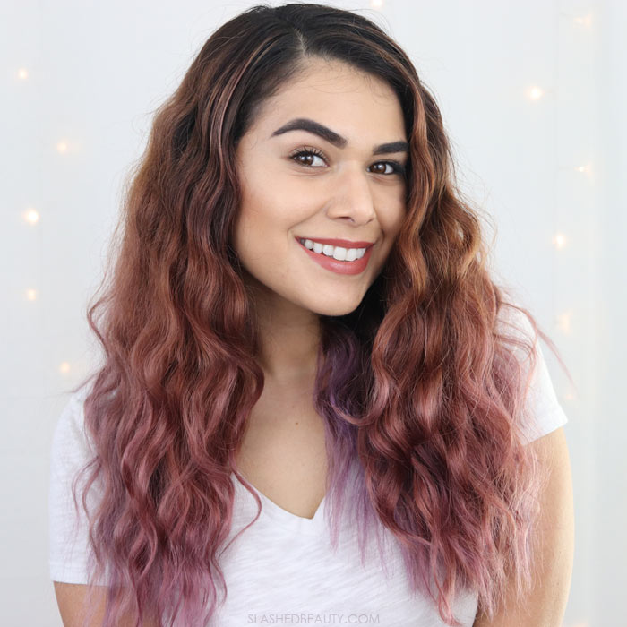 Check out these two easy ways to get heatless waves with overnight or day-to-night hair looks. | Slashed Beauty