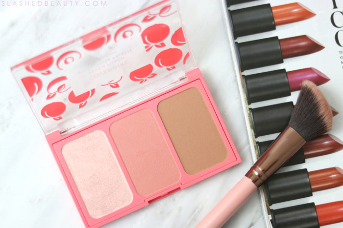 COVERGIRL Peach Punch Highlighter Palette: Check out the new COVERGIRL Peach Punch Collection - a drugstore peach themed makeup collection for Summer 2018 | Slashed Beauty