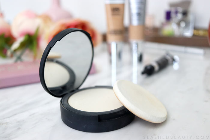 Bye Bye Pores Pressed Powder: Curious about what the best makeup from It Cosmetics are? See my favorites that are worth the splurge. | Slashed Beauty