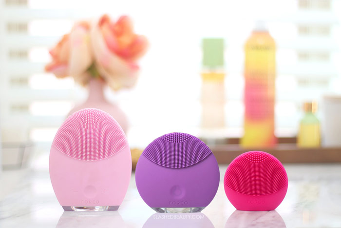 Which FOREO LUNA Should I Get? What's the difference between the FOREO LUNA and mini, and the go and play? Read this quick comparison of all current FOREO LUNA cleansing device models. | Slashed Beauty