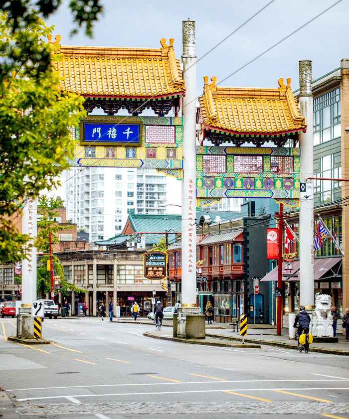 Where to Get the Best Souvenirs in Vancouver: Chinatown | The Ultimate Budget Travel Guide to Vancouver | Slashed Beauty