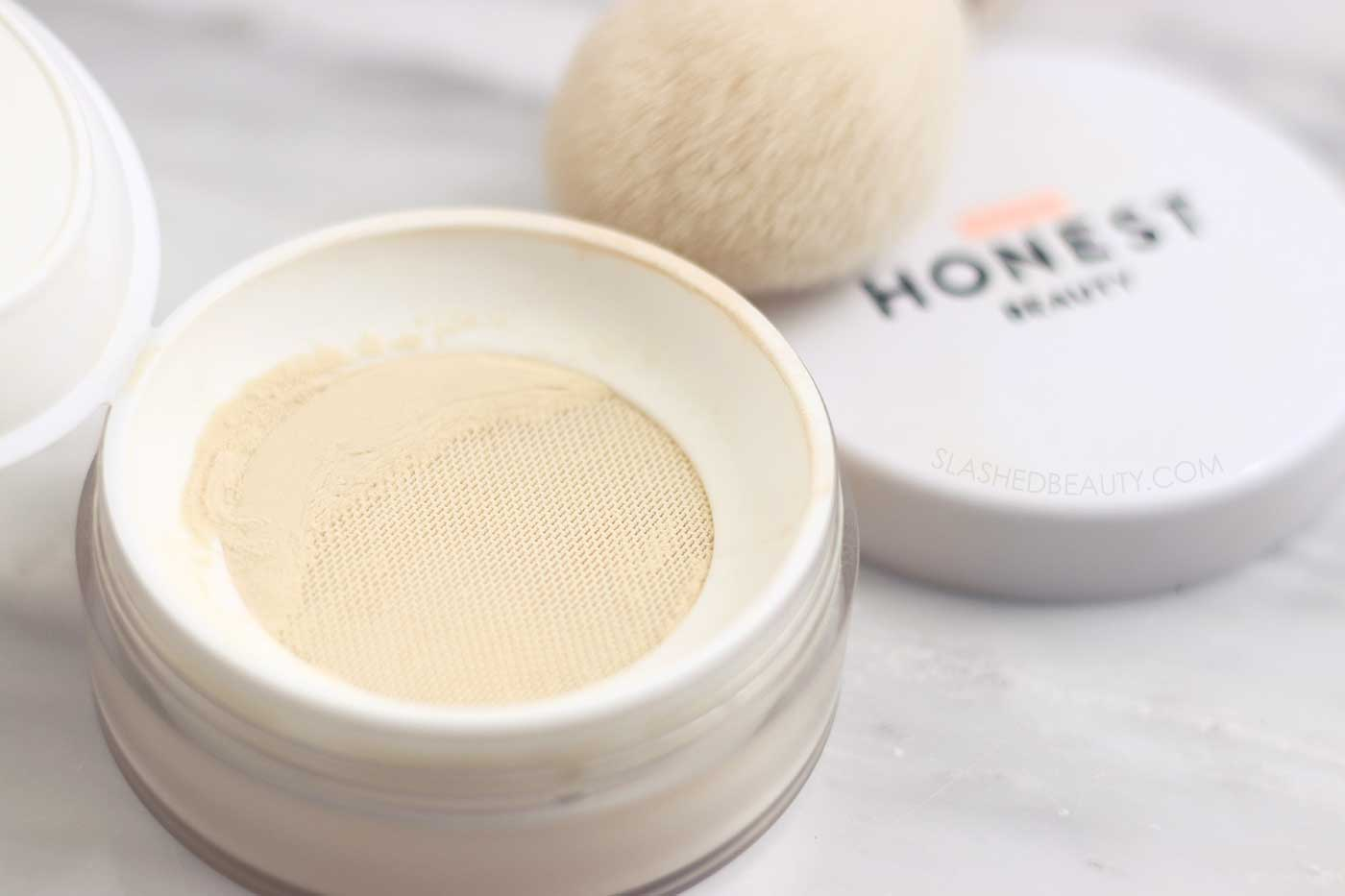 Honest Beauty Invisible Loose Blurring Powder | 5 Best Honest Beauty Products | Slashed Beauty