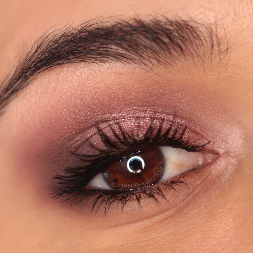 Glam rose gold eyeshadow look using the Urban Decay Naked 3 Mini Eyeshadow Palette | REVIEW: Urban Decay Naked 3 Mini Palette & Swatches | Slashed Beauty